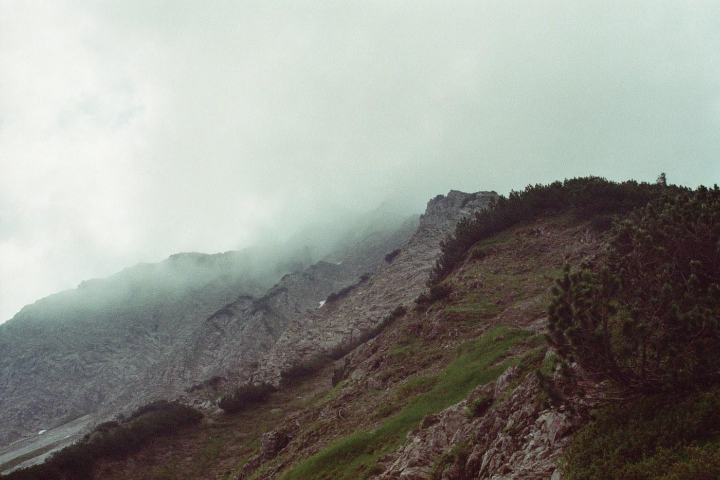Der Jubiläumsweg im Nebel